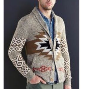Urban Outfitters Men's Sweater
